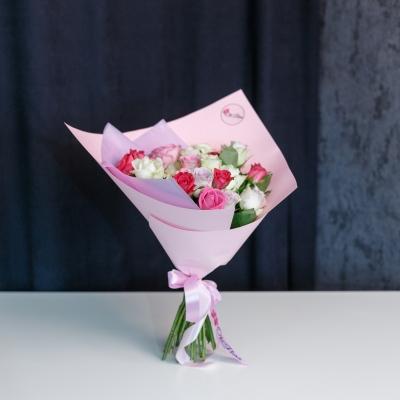 Trandafiri Mix Roz 30-40 cm