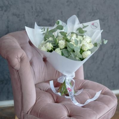 Trandafiri Albi (aranjament haotic)