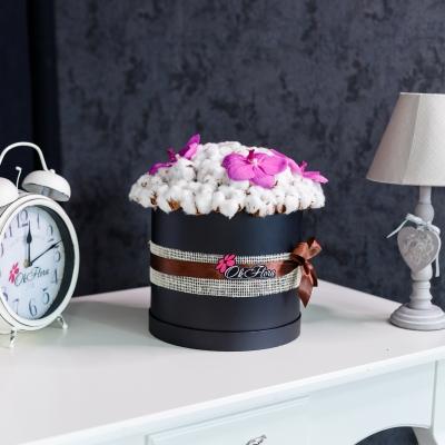 Cutie de Lux cu Bumbac și Orhidee Vanda