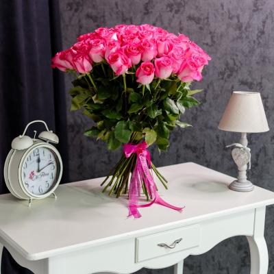 51 Trandafiri Fuchsia 80-90 cm