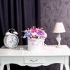 Cutie de Lux Mare Albă cu Flori Mixte