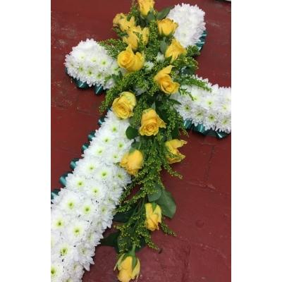 Cruce Funerară din Flori Nr. 6