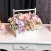 Lădiță Albă cu Mâner cu Flori Mixte