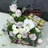 Lădiță cu Flori și Ferrero Rocher