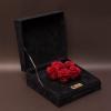 5 Trandafiri Criogenați Roșii în Cutie de Catifea