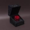 Trandafir Criogenat Roșu în Cutiuță de Catifea