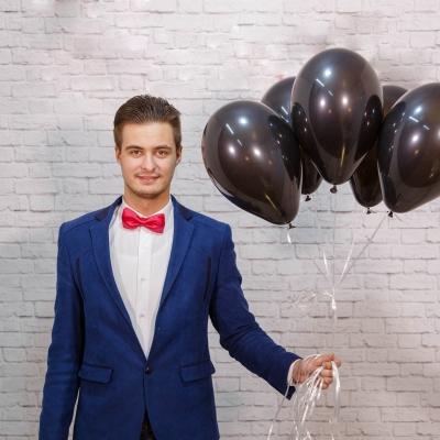 Baloane negre cu heliu