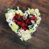 Inimă Mare cu Căpșuni și Flori Mixte