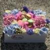Cutie cu Hortensie și Macarons
