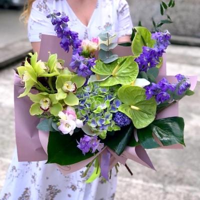 Buchet cu Hortensie, Anthurium si Orhidee Cymbidium