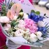 Buchet cu Bujori, Hortensie, Anthurium si Delphinium
