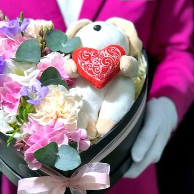 Inimă cu Flori și Iepuraș